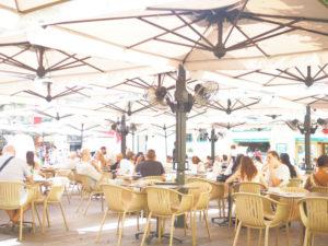 マルタ島首都バレッタのオープンカフェ