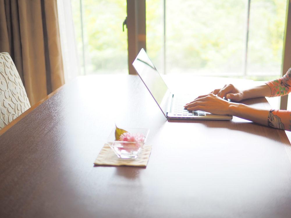 忙しさに追われている?あなたの価値を大きくする、シンプルな時間の法則